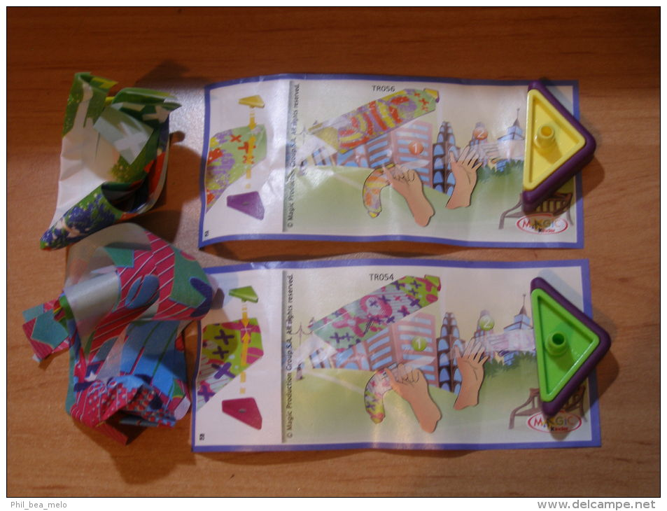 KINDER SURPRISE 2012 GO MOVE - N° TR054 / TR055 - Jeux De Lancer + BPZ - ETAT NEUF - Pin's