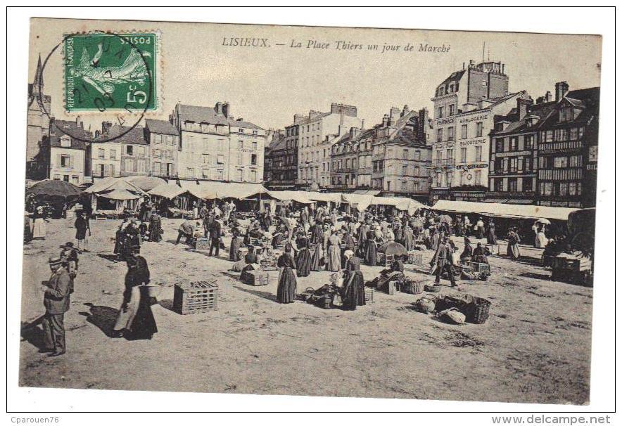 Lisieux La Place Thiers Un Jour De Marché   Cpa Animée 14 Calvados Normandie - Lisieux