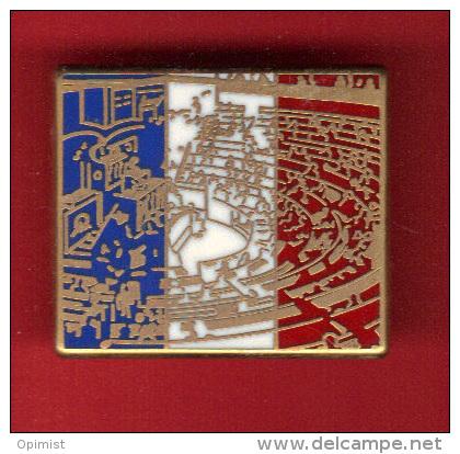 39413-Pin´s Assemblée Nationale.Députés.polit Ique.etat..signé Arscènes Et Arthus Bertrand Paris - Arthus Bertrand