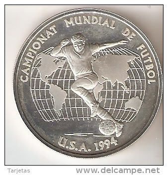 MONEDA DE PLATA DE ANDORRA DEL CAMPEONATO MUNDIAL DE FUTBOL USA 1994  10 DINERS AÑO 1993 (SILVER-ARGENT) - Andorra