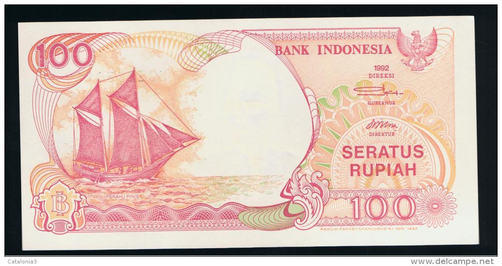 INDONESIA -  100 Rupias 1992 (97) SC  P-127 - Indonesia