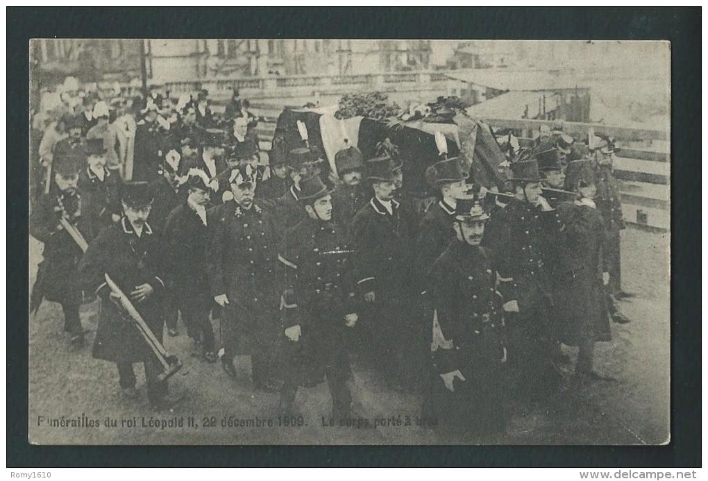 Funérailles Du Roi Léopold II. 22 /12/1909. Le Corp Porté à Bras. - Funérailles