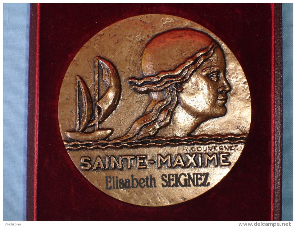 Belle Medaille: Sainte Maxime, Voile, Tete De Femme, Graveur R. Couvegnes (13-2464) - Non Classés