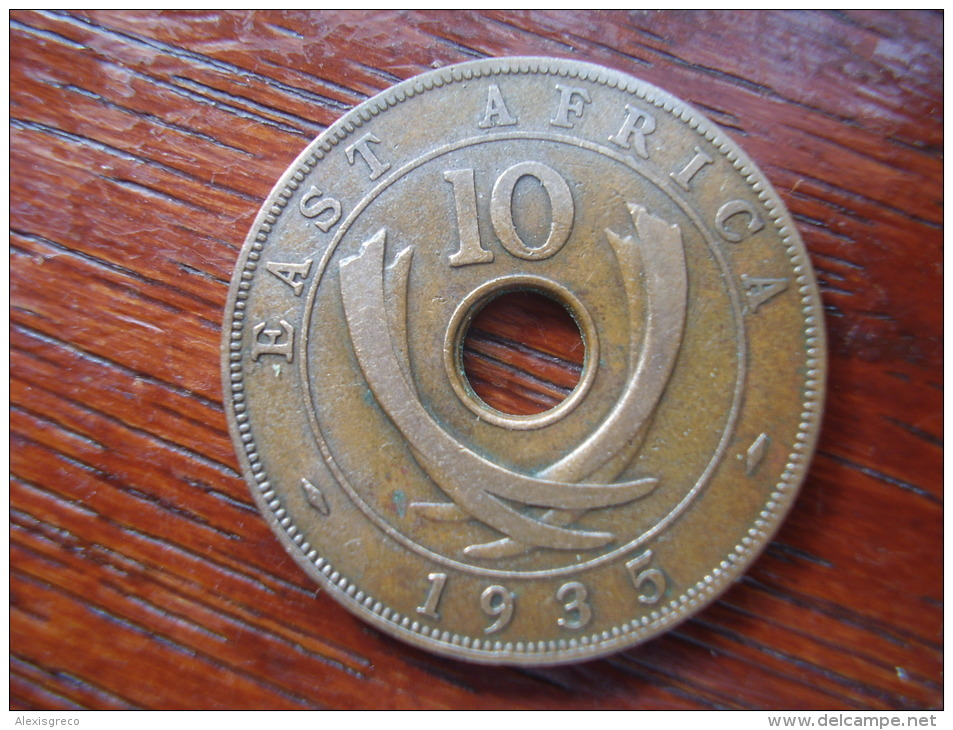 BRITISH EAST AFRICA USED TEN CENT COIN BRONZE Of 1935  - GEORGE V. - British Colony
