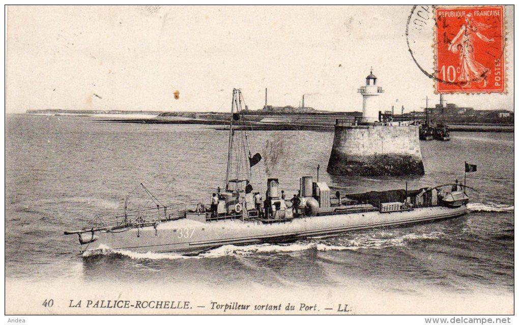 CPA ....  LA PALLICE  ROCHELLE...TORPILLEUR SORTANT DU PORT ....PRIX: 3,95 - La Rochelle