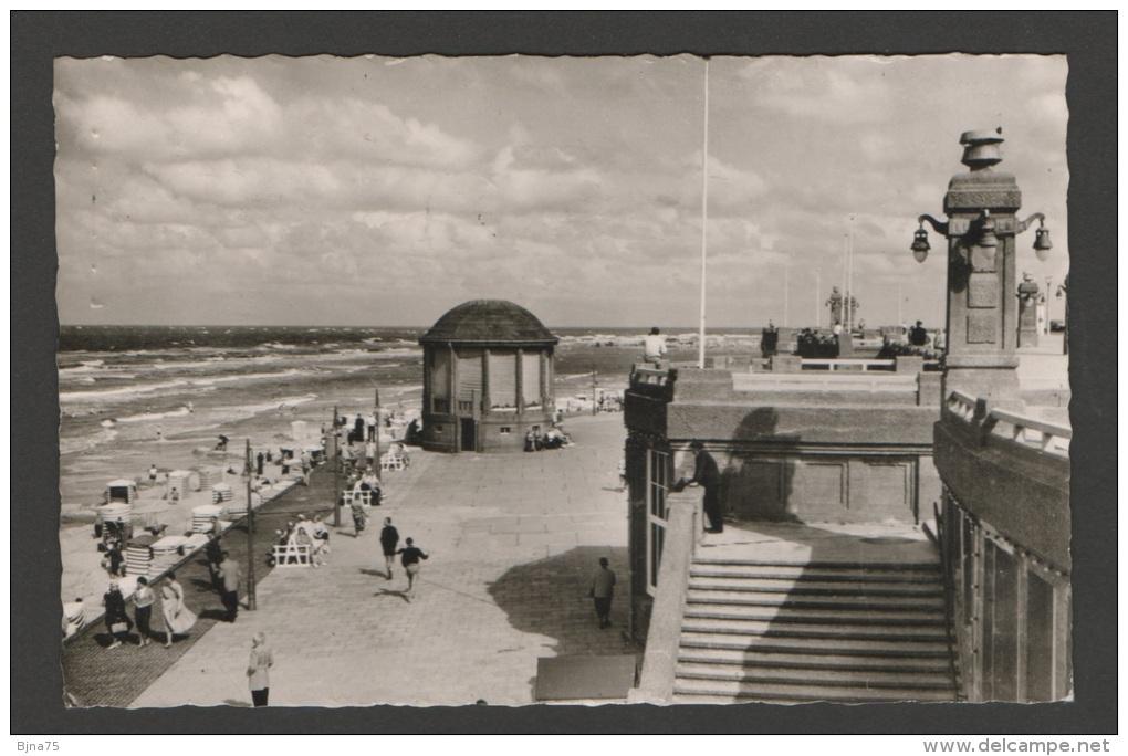 Borkum - Strand Und Promenade Am Musikpavillon  - Voyagée - Echte Fotografie N° 34 - Borkum