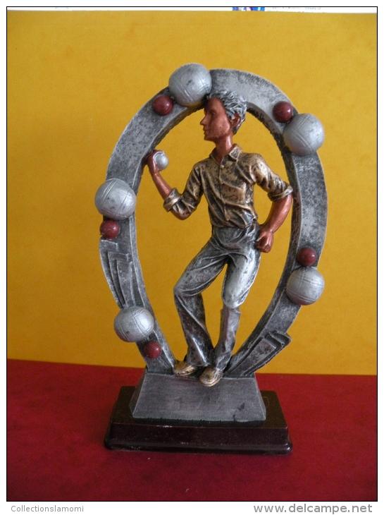 Trophée De Pétanque, Sculpture De 20 Cm Ht -Trophy Bowls, Sculpture 20 Cm Ht - Bowls - Pétanque