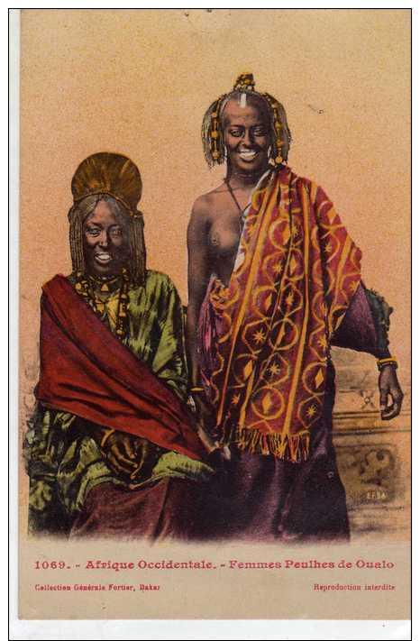 Afrique Occidentale: Femmes Peulhes De Oualo, Seins Nus, Collection Fortier N°1069, Non Voyagée, Vendue En L´état. - Afrique Du Sud, Est, Ouest