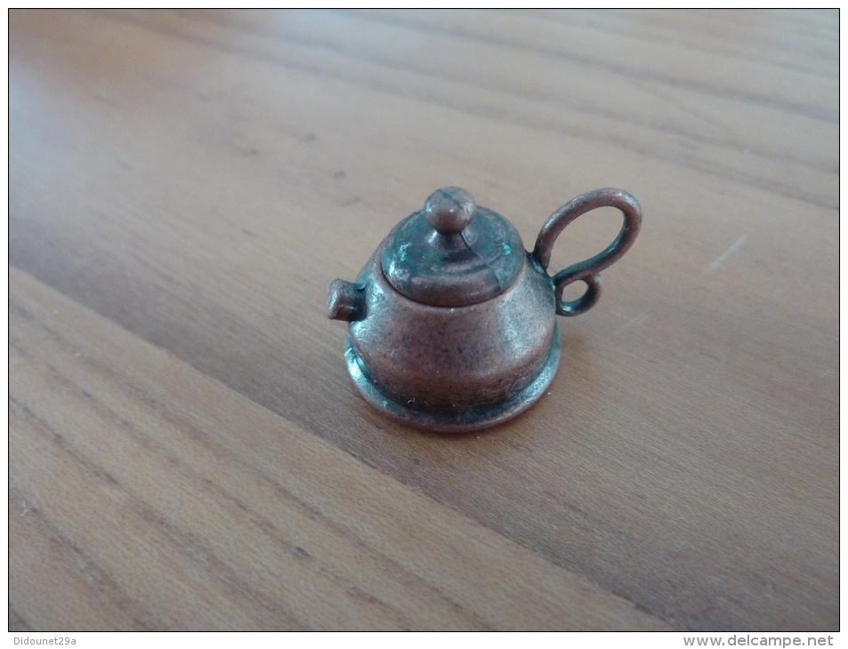 Bouilloire Miniature Cuivre (diam 30mm, H : 25mm) Avec Couvercle (voir Scan) - Furniture