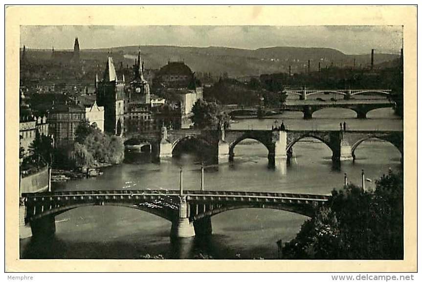 1941  Carte Postale De Prague Avec Cachet « Viktoria!! / Deutschland Siegt On Allen Fronten Für Europe» - Lettres & Documents