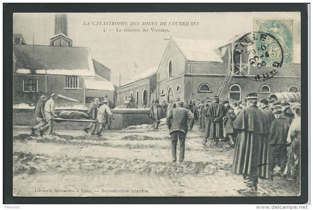 59.   COURRIERES (NORD). ANIMEE. CATASTROPHE DES MINES. REMONTEE DES VICTIMES...C1317 - France