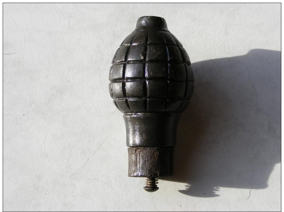 Grenade Citron Foug   Ww  1  En Très Très  Bonne état Entièrement Neutra Tampon De Bois Origine - 1914-18