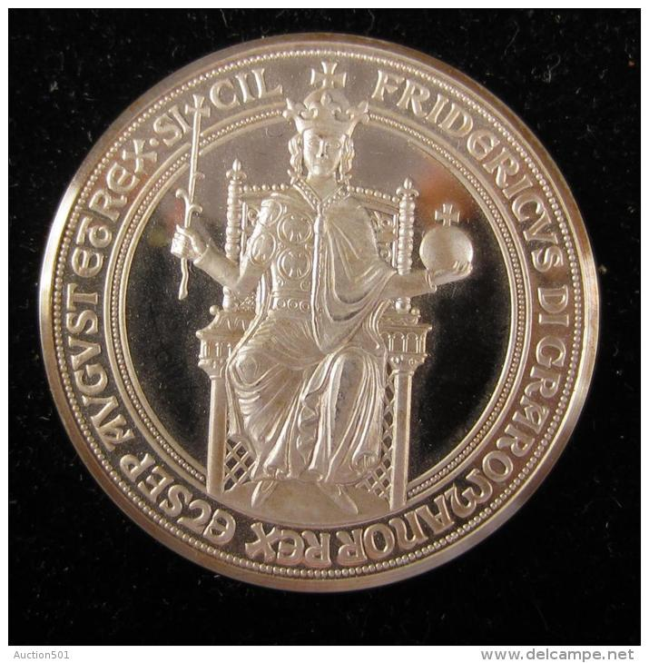 AG00756 Frederic Empereur Et Roi De Sicile, Le Roi En Majesté Et Un écu Au Revers, 1977, Argent 1000. 24 G - Autres