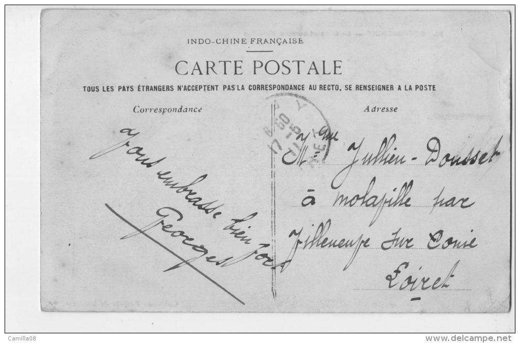 COCHINCHINE.BARBIERS ET CUREURS D OREILLES.RARE METIERS ANCIENS.TIMBRE INDO-CHINE.1911 - Paysans