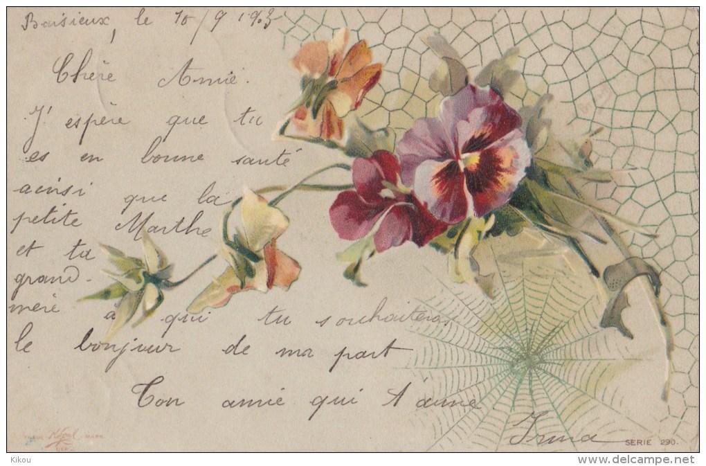 Bouquet De PENSEES Avec Toile D' Araignée - Botanik