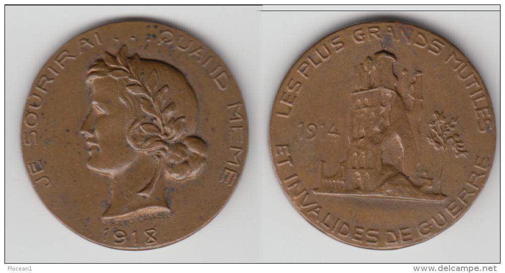 ** MEDAILLE 1914-1918 LES PLUS GRANDS MUTILES ET INVALIDES DE GUERRE - JE SOURIRAI QUAND MEME ** ACHAT IMMEDIAT !!! - Belgique