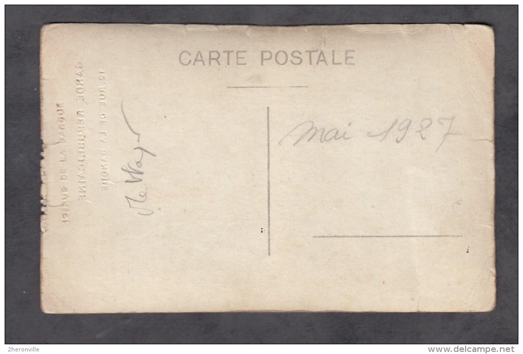 CPA Photo - PARIS - Gendarme Mettayer ,  à La Garde Républicaine - Caserne De La Banque - Non Classés