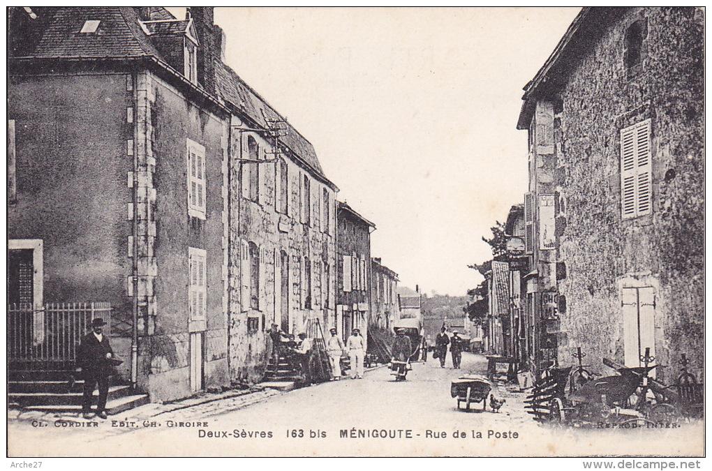 CPA - 79 - MENIGOUTE - Rue De La Poste - 163 - Maurecourt