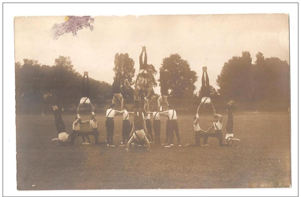 Carte Photo Liancourt  Festival De Liancourt 18 Aout 1913 Gymnastes Gymnastique    PRIX FIXE - Liancourt