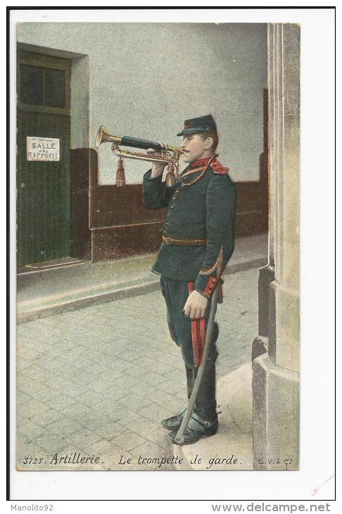CPA Militaria : N° 3725 Artillerie - La Trompette De Garde - Guerre 1914-18