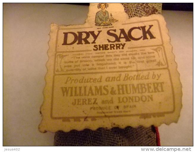 DRY SACK SHERRY -- VINTAGE - Spiritus