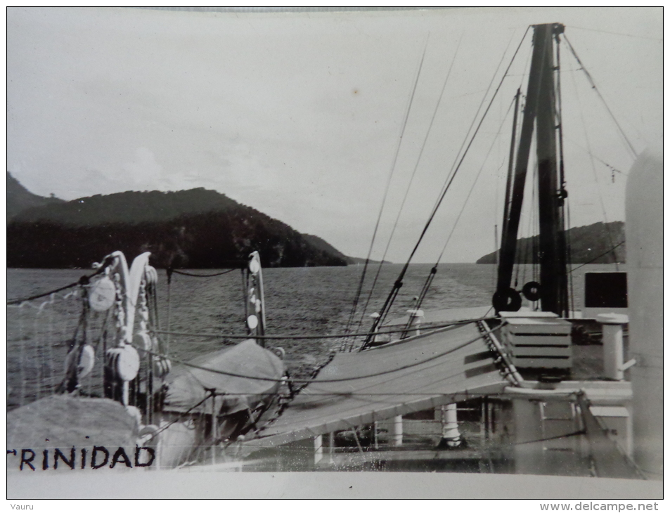 TRINIDAD CARTE PHOTO   VUE PRISE  A BORD DU PAQUEBOT FLANDRE - Trinidad