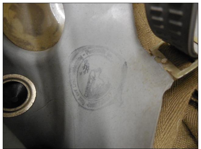 BELGE - BELGIQUE - Ww2 -MASQUE ANTI GAZ DE LA LPA - LIGUE PROTECTION AERIENNE - Equipment