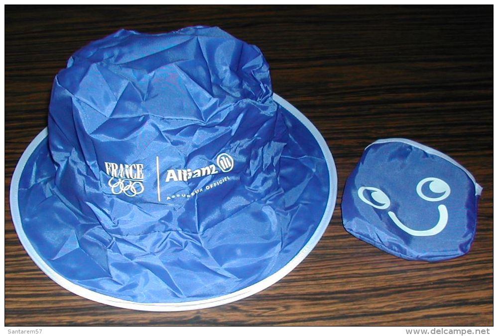 Bob Anti Pluie Bleu Pliable Et Sa Pochette De Rangement Assurances ALLIANZ - Caps