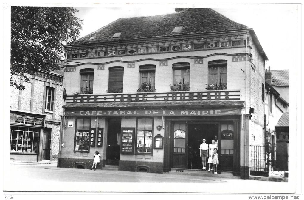 GRAND COURONNE - Café Tabac De La Mairie - France