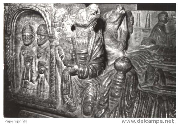 Brescia - Cartolina SARCOFAGO DI BERARDO MAGGI (particolare) Duomo Vecchio - PERFETTA C66 - Sculture
