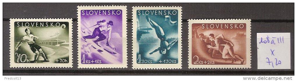 Slovaquie 108 à 111 * Côte 7.20 € - Slovakia