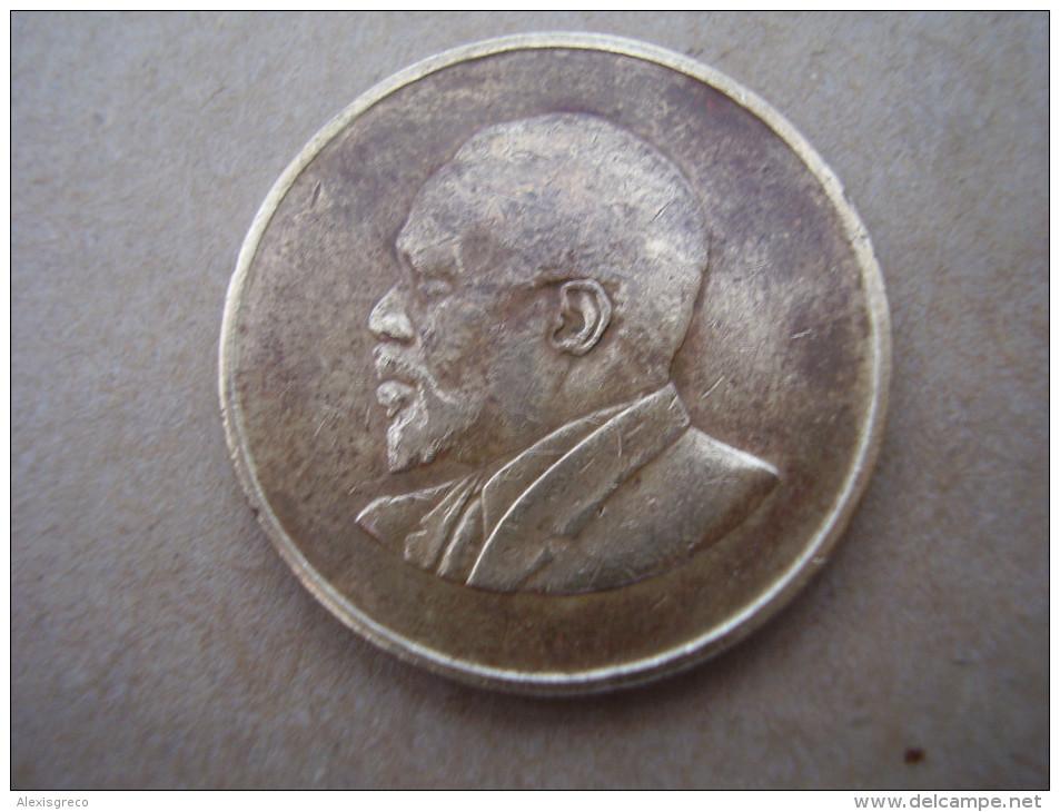 KENYA 1967 FIVE CENTS   KENYATTA Nickel-Brass  USED COIN In FAIR CONDITION. - Kenya