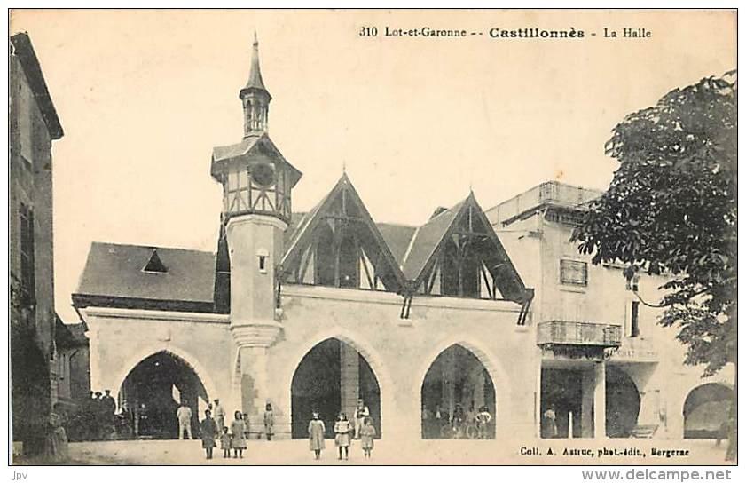 CASTILLONNES . LA HALLE . - Autres Communes