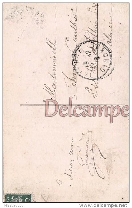 TELEGRAMME - Homme Moustaches Et Fleurs - JOYEUX NOEL - MERRY CHRISTMAS -TELEGRAM - Man Mustaches And Flowers - Post