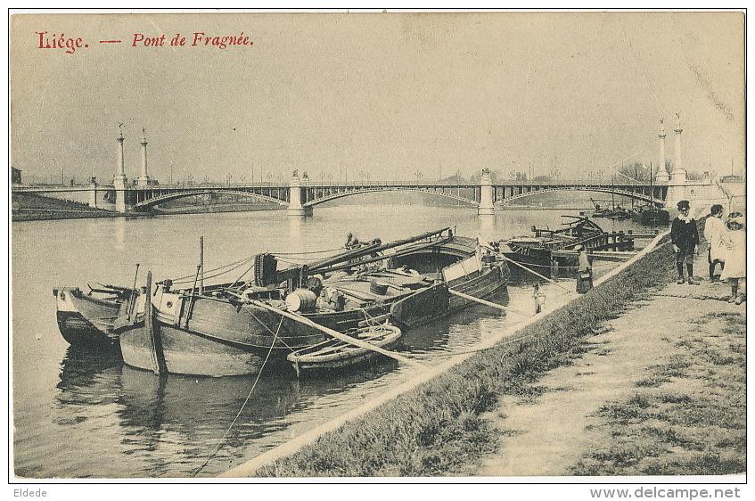 Liege  Pont De Fragnée  Peniche Dechirure 15 Mm A Droite - Liege