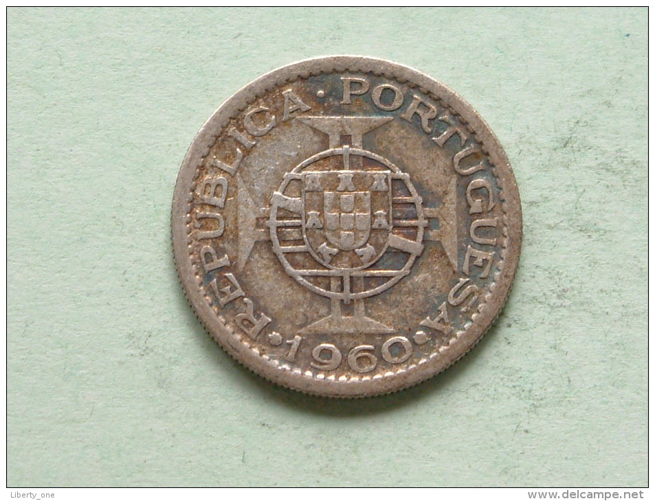 1960 - 5$00 / KM 84 ( Uncleaned - For Grade, Please See Photo ) ! - Mozambique
