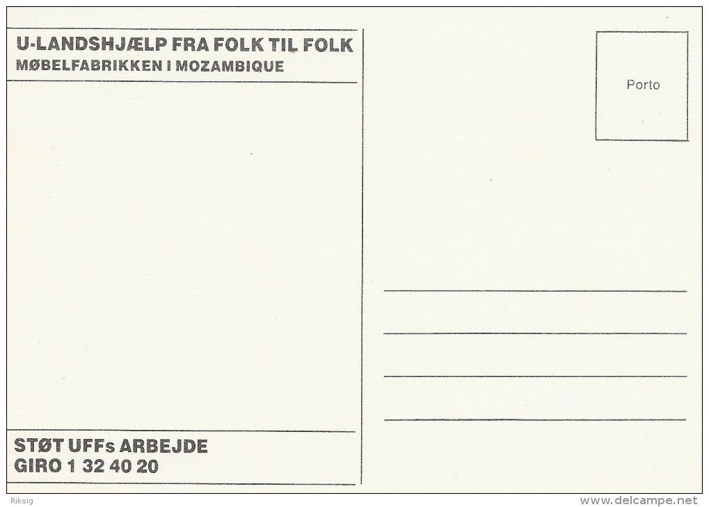 Furniture Factory In Mozambique  -  Danish Card.  B-169 - Mozambique