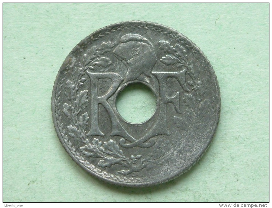 1941 - 10 Centimes / KM 896 ( For Grade, Please See Photo ) !! - D. 10 Centimes