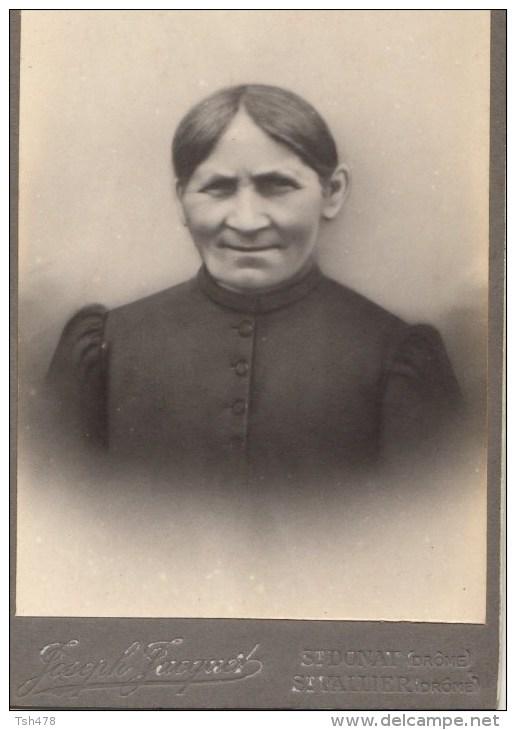 PHOTO PORTRAIT DE FEMME--photographie  JOSEPH JACGUET--26-drôme --st-donat--st-vallier-- - Foto's