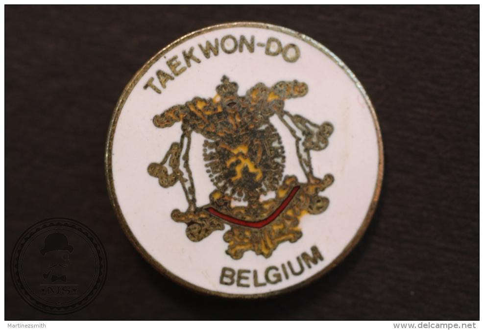 European Martial Arts - Tae Kwon Do Belgium  - Fighting Pin Badge - #PLS - Judo