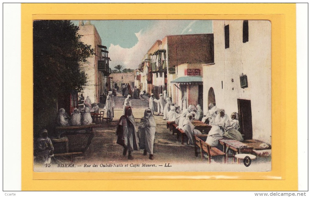 ALGERIE / BISKRA / COMMERCES / CAFES / Rue Des Ouleds-Nails Et Cafés Maures / Animation - Biskra