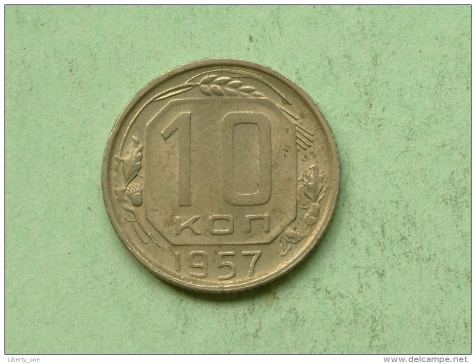 10 Kopeks - 1957 / Y# 123 ( Uncleaned - For Grade, Please See Photo ) ! - Russie