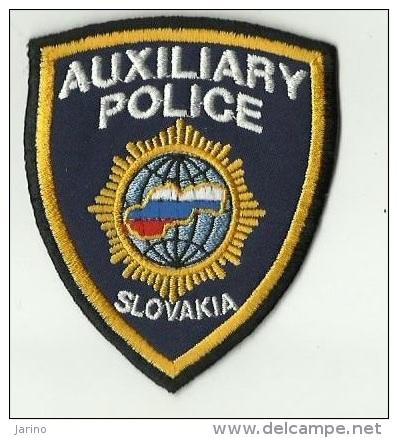 Police Slovaque- Slovakia,  écussons Tissu-Patches, Auxiliary Police Slovakia - Police & Gendarmerie