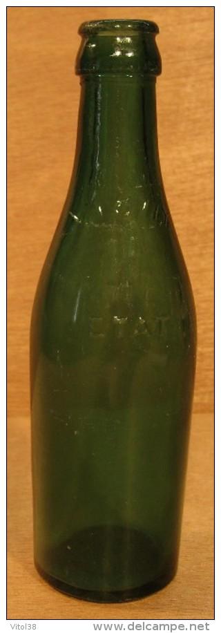 bouteille vide sans bouchon en verre vichy etat. Black Bedroom Furniture Sets. Home Design Ideas
