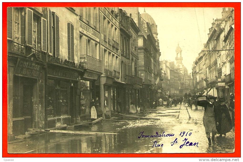 CPA CARTE-PHOTO 14 CAEN Calvados - Inondations 1910 - Rue St-Jean - Caen