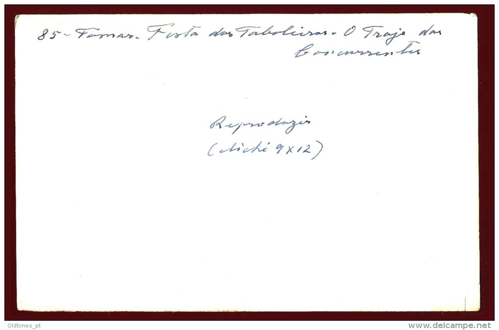 TOMAR - FESTA DOS TABULEIROS - O TRAJE DAS CONCORRENTES - PROVA DE EDITOR - 1950 REAL PHOTO PC - Santarem