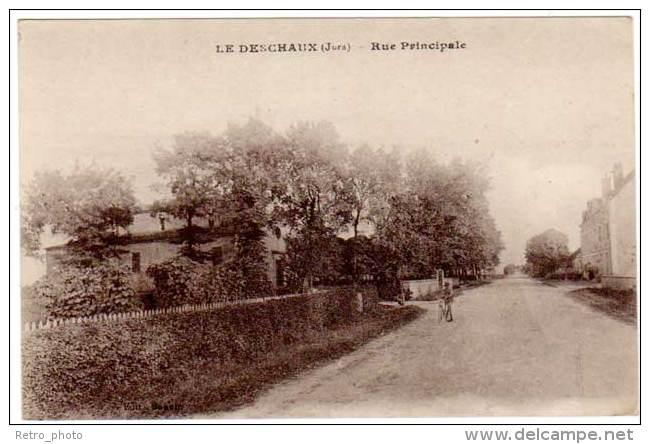 Le Deschaux - Rue Principale - Autres Communes