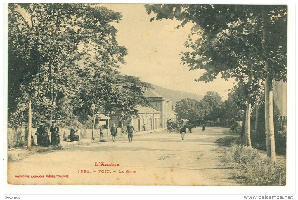 CPA 09 - FOIX - La Gare (attelages) - Foix
