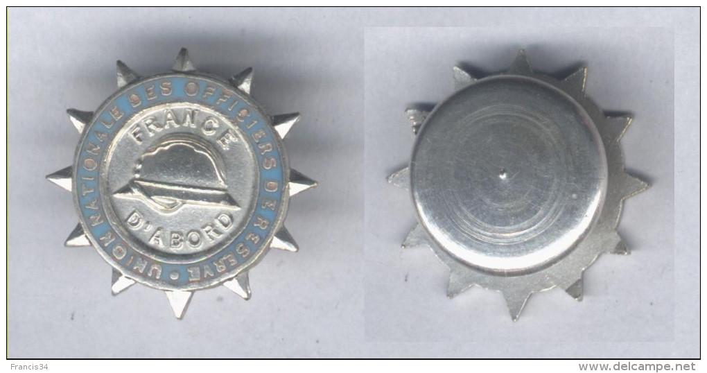 Insigne De L'Union Nationale Des Officiers De Réserve ( Boutonnière ) - Unclassified
