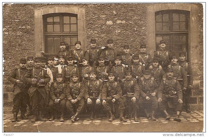 Carte Photo Militaire - Soldat Du 128e Regiment Infanterie (Abbeville  St Denis) - Regiments